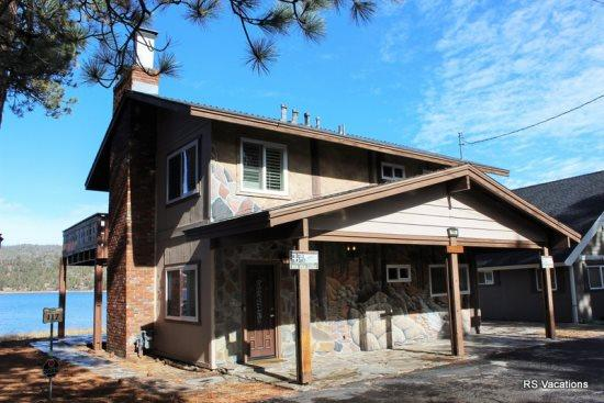 Modern Lakefront A - NEW!! Modern Lakefront A: Updated Lakefront Cabin for 3 - Big Bear City - rentals
