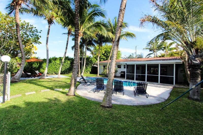 TOP REVIEWED! Miami Beach,Waterfront, Pool, Close to Beach - Image 1 - Miami Beach - rentals