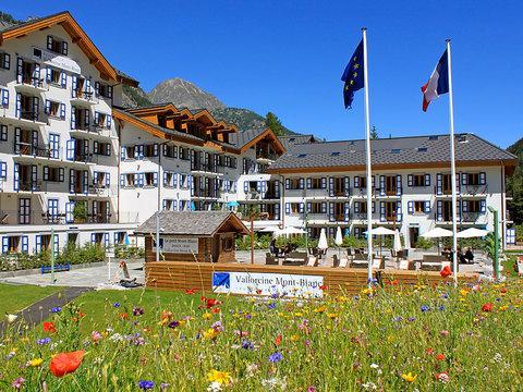 Vallorcine Mont-Blanc & Spa ~ RA28033 - Image 1 - Vallorcine - rentals