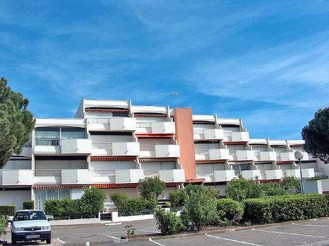 Le Saint Louis ~ RA26303 - Image 1 - Port Camargue - rentals