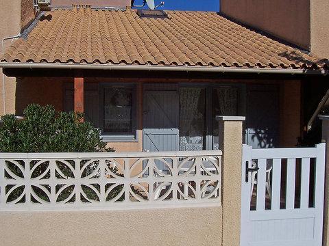 Village De La Mer ~ RA26478 - Image 1 - Portiragnes - rentals