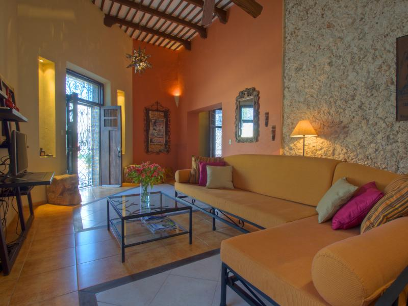 Main entry and living area - Walk to Everything Colonial Home--Historic Centro - Merida - rentals