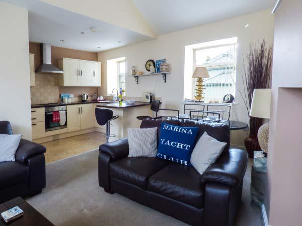 DRIFTWOOD APARTMENT, family friendly, with a garden in Amble, Ref 904664 - Image 1 - Amble - rentals