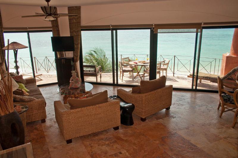 Floor to ceiling amazing views of the Caribbean - Luna Encantada D-3 - Playa del Carmen - rentals
