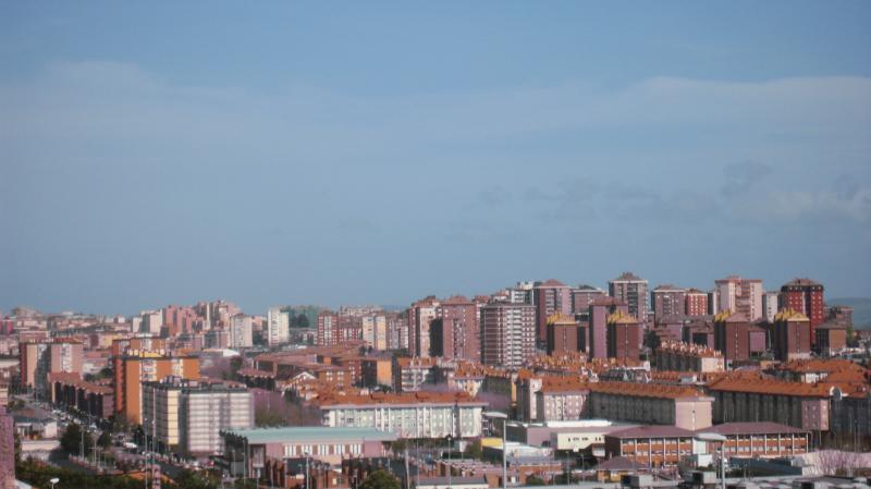 vista ciudad santander - Casa Campo Santander - Santander - rentals