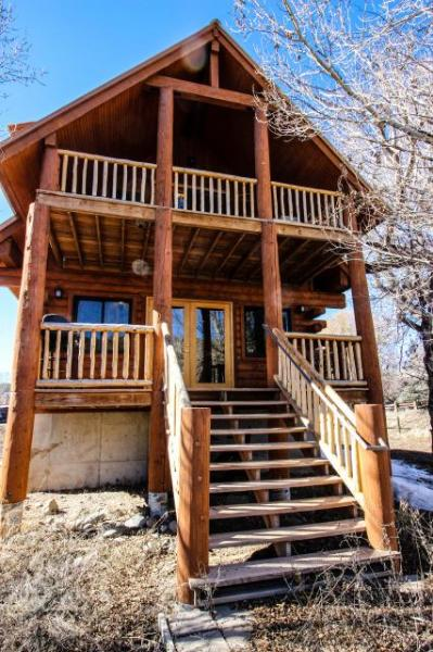 Cozy riverfront, dog-friendly home close to town in quiet location - Image 1 - Pagosa Springs - rentals
