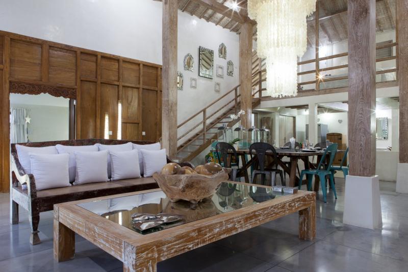 Luxury Villa, central & minutes to Seminyak Beach - Image 1 - Seminyak - rentals