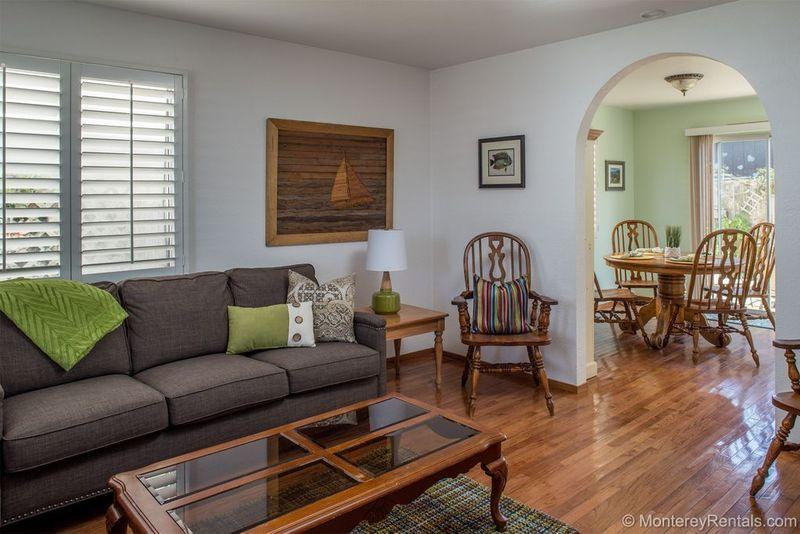 Snuggle In - Image 1 - Pacific Grove - rentals