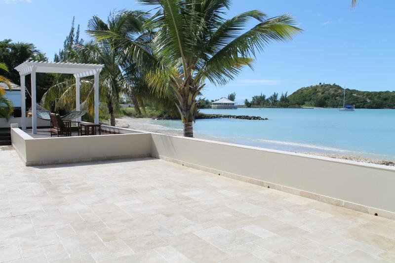 Luxurious Beachfront villa with 6 bedrooms & private pool - Image 1 - Jolly Harbour - rentals