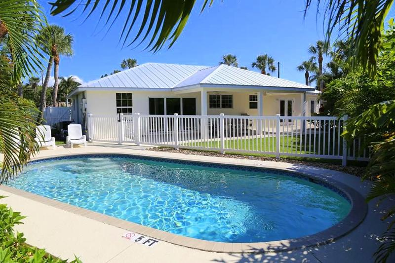 Pool 1 - ENDLESS SUMMER - Holmes Beach - rentals