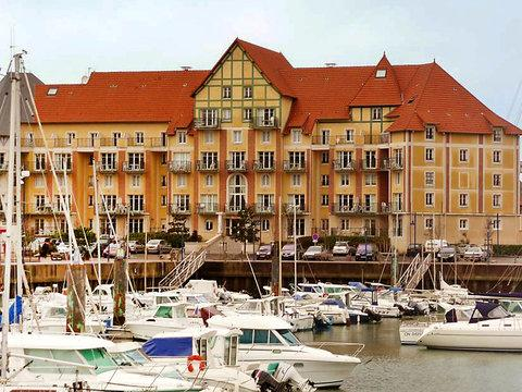 Résidence Port Guillaume ~ RA24846 - Image 1 - Cabourg - rentals
