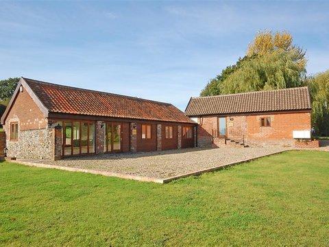 Elmers Barn ~ RA29773 - Image 1 - Norwich - rentals