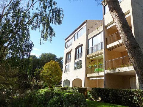 : le Luberon Loisirs ~ RA28530 - Image 1 - Six-Fours-les-Plages - rentals