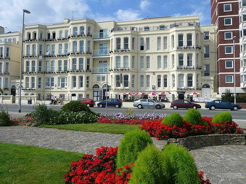 Ocean Apartments ~ RA29882 - Image 1 - Portsmouth - rentals