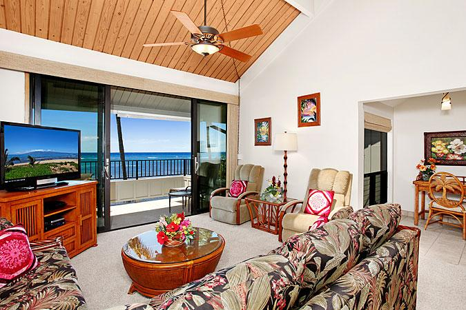 Unit 27 Ocean Front Prime Deluxe 2 Bedroom - Image 1 - Lahaina - rentals