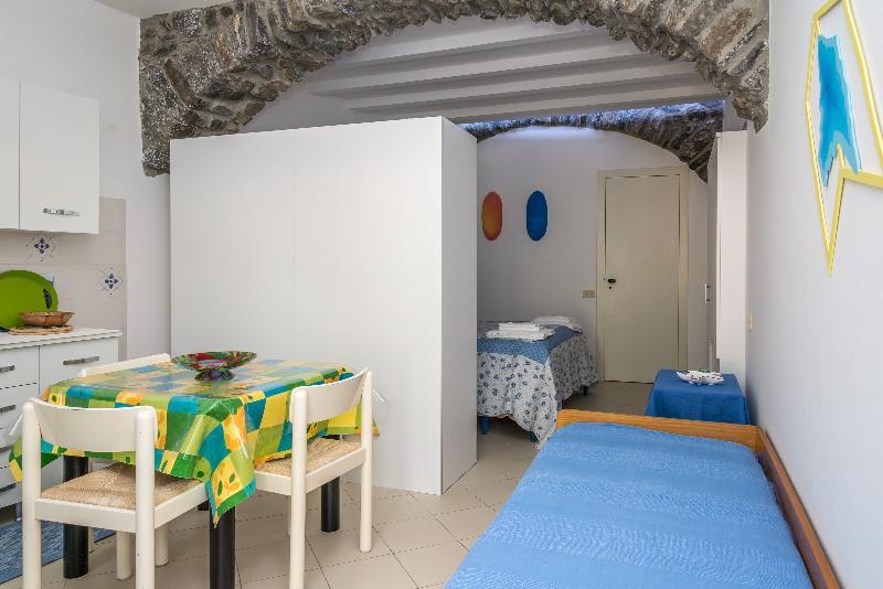 Appartamento Porticciolo - Image 1 - Manarola - rentals