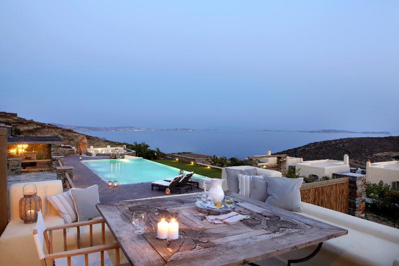 Diles & Rinies 3 Bedr. Villa in Tinos - Image 1 - Tinos - rentals