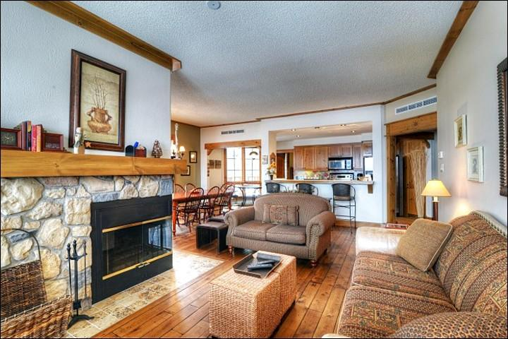 Cozy Living Room Features a Gas Fireplace - Cozy, Bright and Spacious Home - Lovely Mountain & Forest Views (6195) - Mont Tremblant - rentals