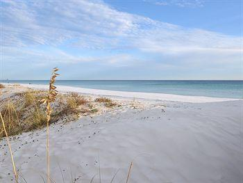 """Island Echos 5M"" Gorgeous Gulf Front Unit!! - Image 1 - Fort Walton Beach - rentals"