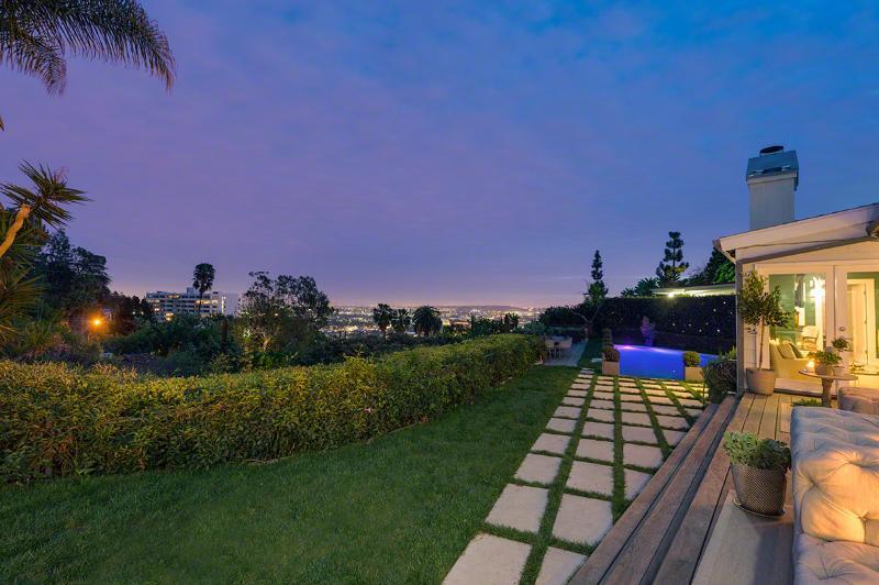 Hollywood Hills - Image 1 - World - rentals