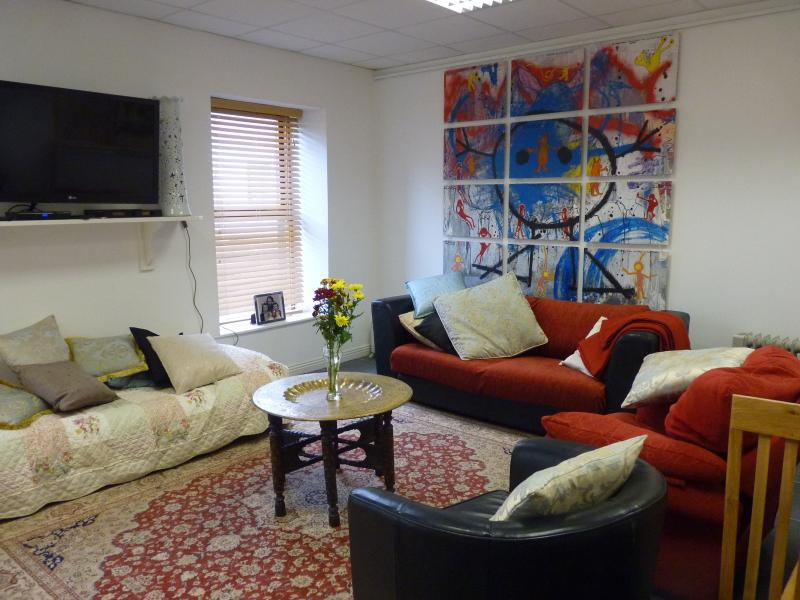 Sligo Town Property Rental Apartment Sat to Sat. - Image 1 - Sligo - rentals
