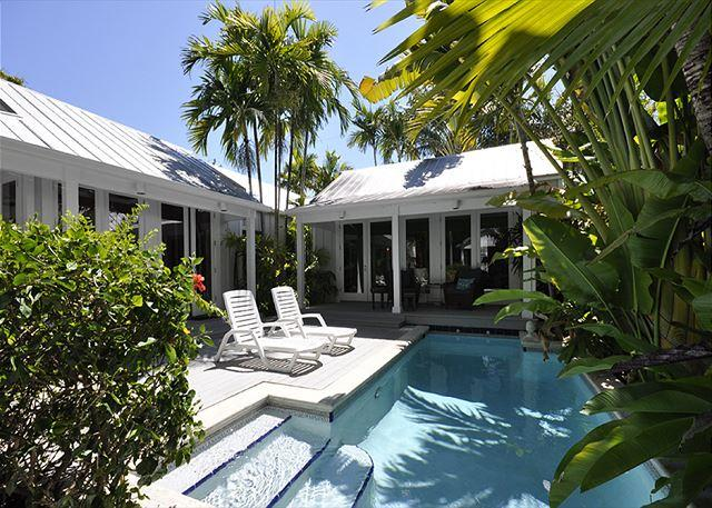 "Packer Retreat: A beautifully renovated ""Conch"" house - Image 1 - Key West - rentals"