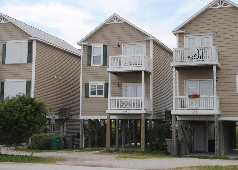 Front view of property - ChristopherRobin's Nest - Surf City - rentals