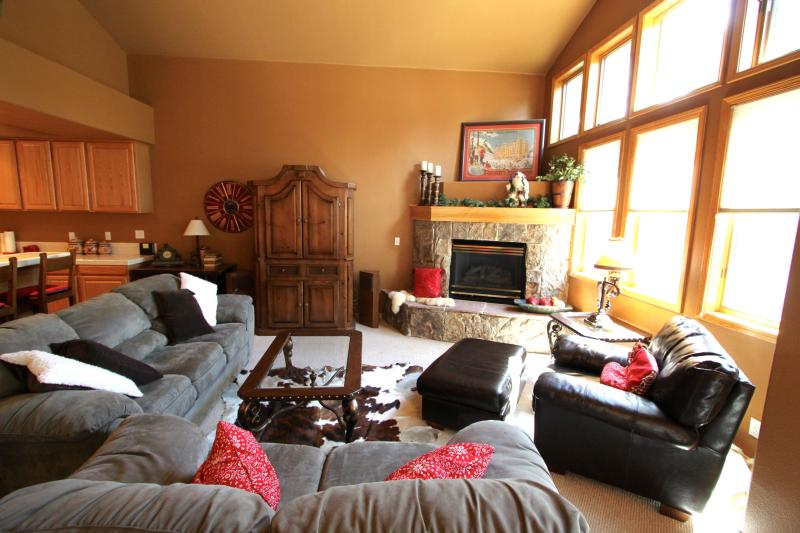 Spacious great room with fireplace where family and friends can congregate - Free Night - Private Hot Tub - On Peak 8! - Breckenridge - rentals