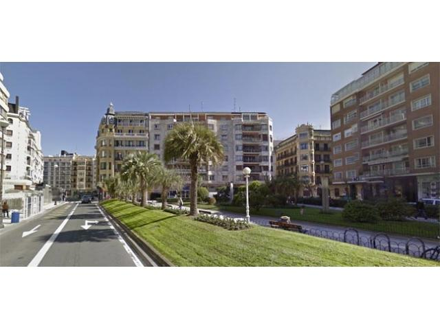 Bella Easo | Space, right next to La Concha beach - Image 1 - San Sebastian - Donostia - rentals