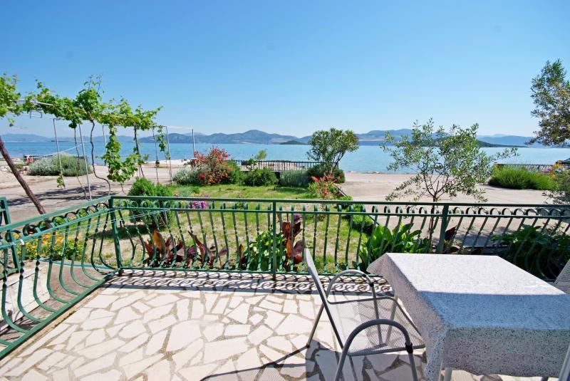 Apartments Nevela - 51941-A3 - Image 1 - Dubrovnik-Neretva County - rentals