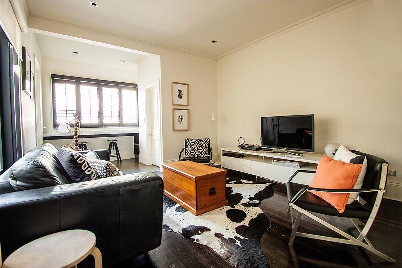 Beautifully decorated lounge - Edinburgh House - Melbourne - rentals