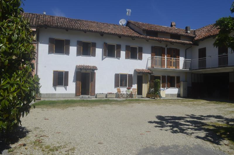 Langhe Country House Alba Neive - Image 1 - Neive - rentals