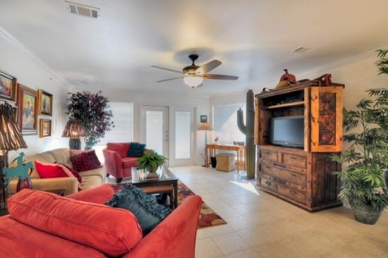 Gorgeous 2/2 Guadalupe River Resort Condo - Image 1 - New Braunfels - rentals