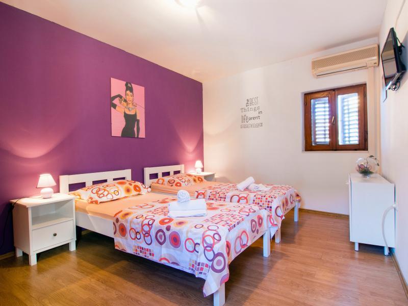 Cute apartment in center - Image 1 - Split - rentals