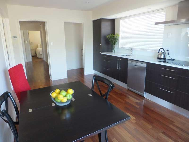 Dining - Strowan Townhouse - Christchurch - rentals