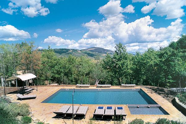 Set upon a private 280 acre estate, five separate stone farmhouses provide the ultimate privacy for couples looking to vacation together. HII CAT - Image 1 - Umbria - rentals