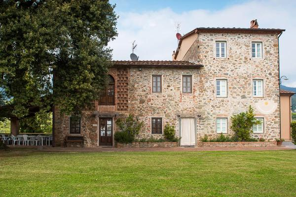 17th century stone- built farmhouse in the Lucca hills. SAL CTO - Image 1 - Lucca - rentals