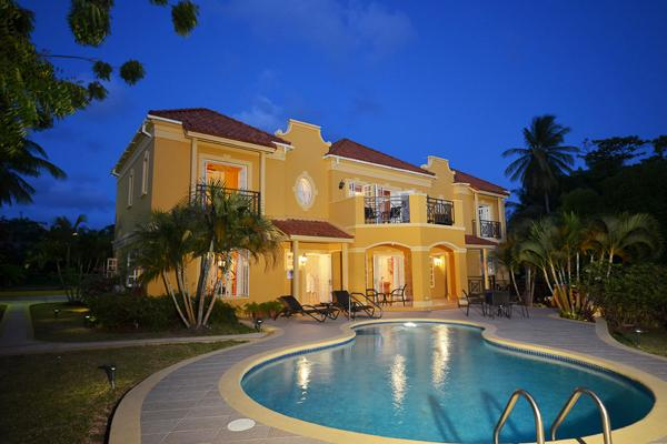 A short walk away from Mullins Beach, this is a villa with a view. With a delightful pool and outdoor shower, you may never want to make the 5- minute drive to Speightstown . RL SUN - Image 1 - Barbados - rentals