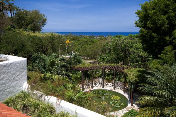Spacious villa on Barbardos' Platinum Coast. AA ELS - Image 1 - Barbados - rentals