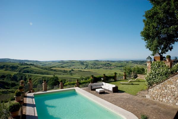 Enjoy a tranquil stay in this restored farmhouse, within walking distance to Montepulciano. HII PEN - Image 1 - Tuscany - rentals