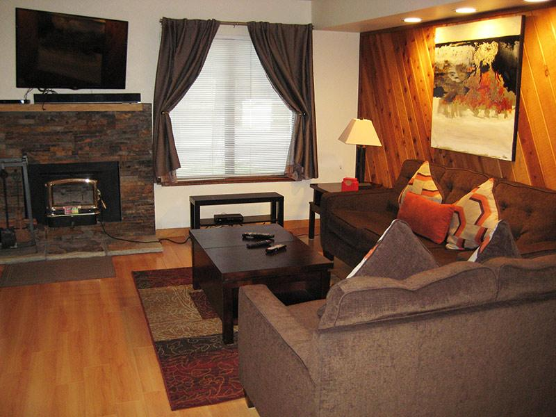 Living Room - Horizons 4 - HZ179 - Mammoth Lakes - rentals
