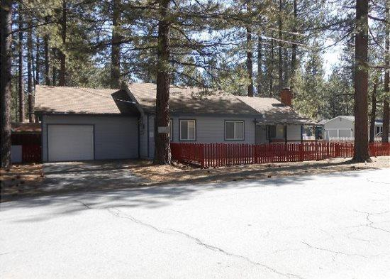 3066F-Affordable family cabin a few blocks to Lake Tahoe - Image 1 - South Lake Tahoe - rentals