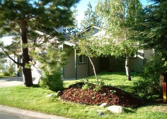 V12-Tahoe Keys Getaway home with great back deck in the pines overlooking the - Image 1 - South Lake Tahoe - rentals