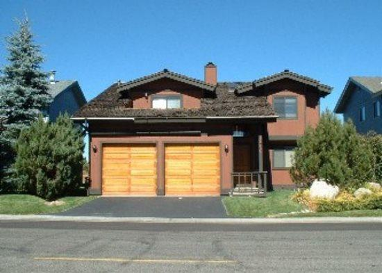 Affordable Tahoe Keys home close to the Lake, with views off the back deck - Image 1 - South Lake Tahoe - rentals