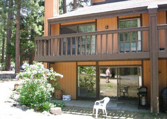 V51-Lovely condo near the base of Heavenly! Summer hiking, winter skiing/boarding - Image 1 - South Lake Tahoe - rentals