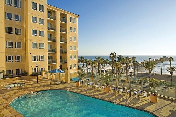 Resort pool with Pacific Ocean view - Vacation Rental Walk to Oceanside Pier and Beach - Oceanside - rentals