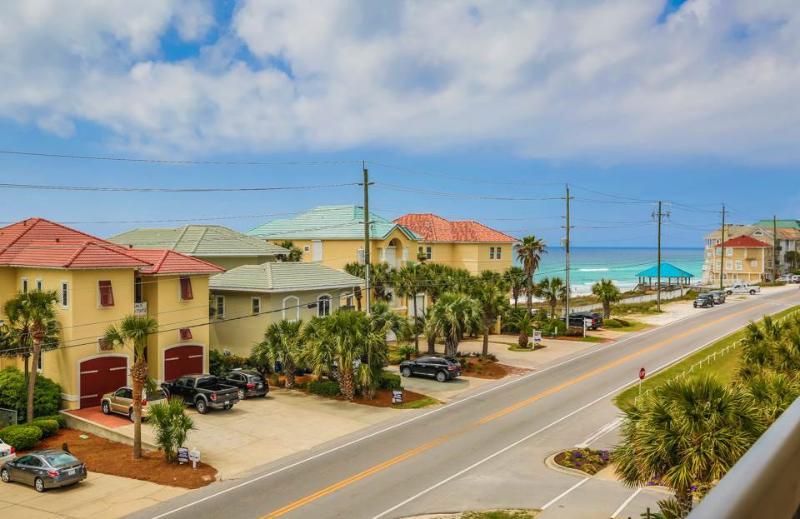 Back porch view - ALERIO C303 - Miramar Beach - rentals