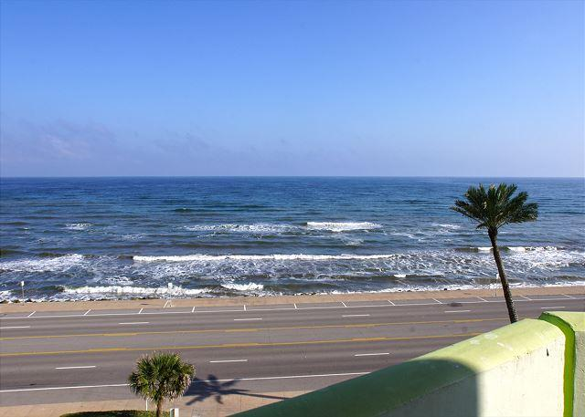 """Shimmering Sea"" Sit on your balcony and watch the Shimmering Sea! - Image 1 - Galveston - rentals"