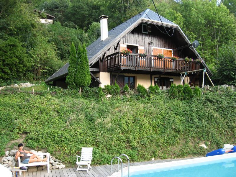 Large apartement in chalet, Le Maurienne, Savoie - Image 1 - Saint-Jean-de-Maurienne - rentals