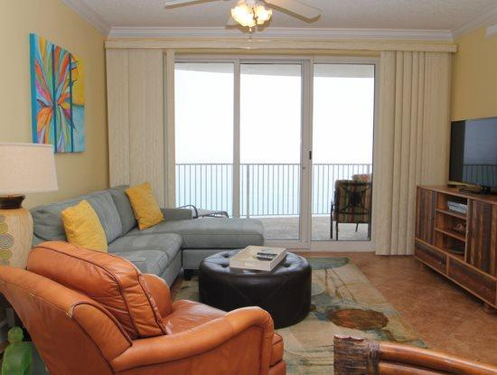 Enjoy FREE BEACH CHAIRS and UMBRELLA at our beachfront 2 Bedroom on the 8th floor at Emerald Isle - Image 1 - Laguna Beach - rentals